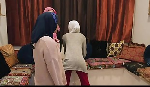 BFFS - Shy Unexperienced Poonjab Damsels Fuck In Their Hijabs