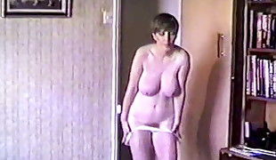 HIT &amp, TITS - antique 80&#039,s hefty tits strip dance tease