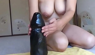 Elmer wifey vs large black dildo rail
