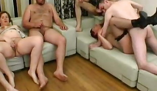 2 cougars fucked by 2 dudes
