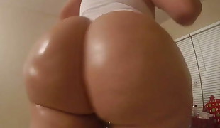 50 inch pawg arse
