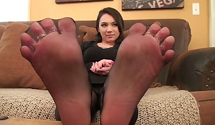 STINKY NYLON TOE Stretched